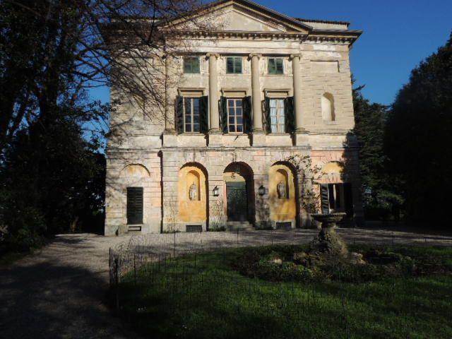 Entrata villa carcano.JPG