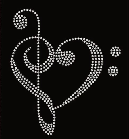 love music treble clef and bass clef in heart crystal rhinestone transfer women bling heat. Black Bedroom Furniture Sets. Home Design Ideas