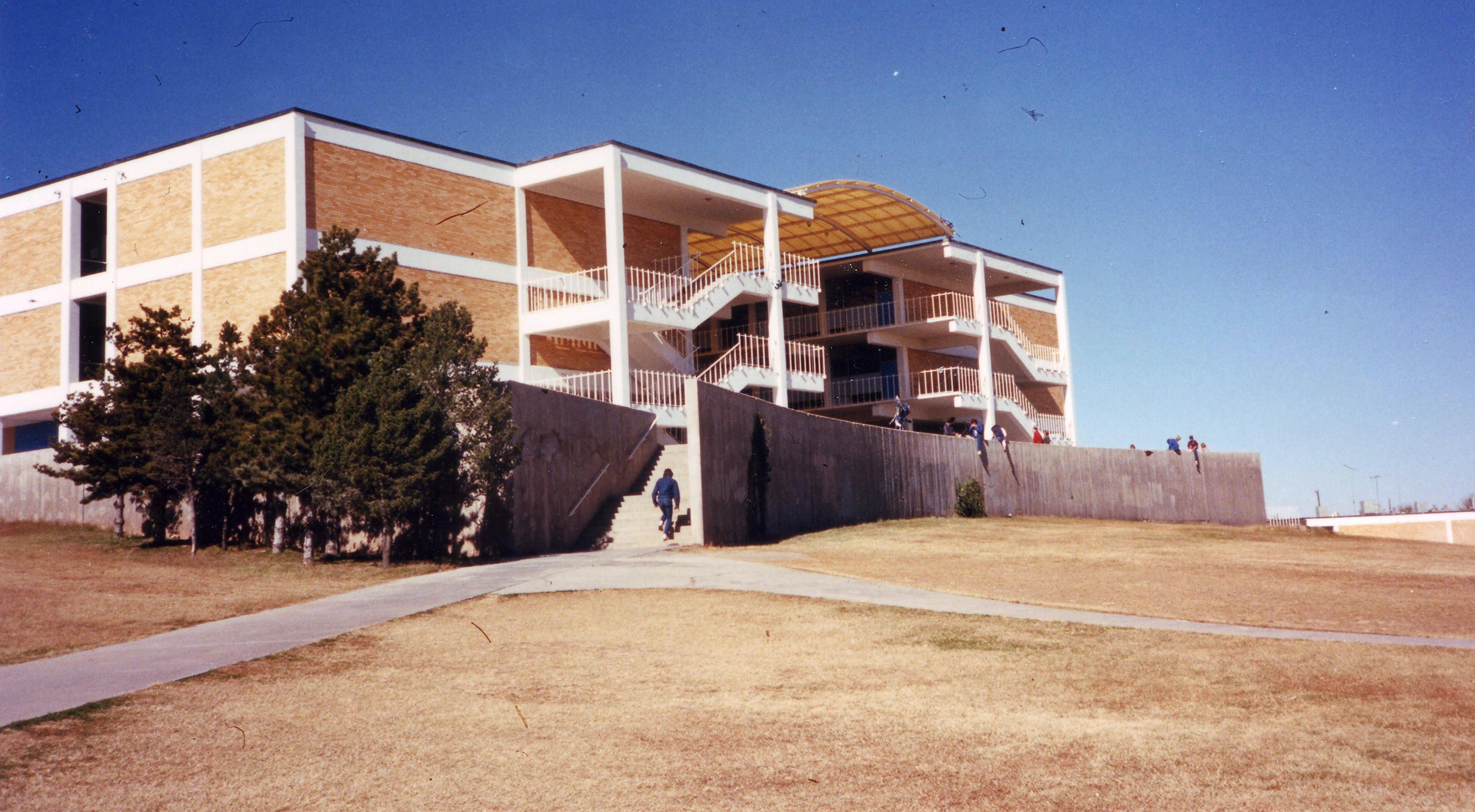 Ford Town Carlsbad Nm >> Carlsbad Senior High School Where I Graduated Places I Have Been