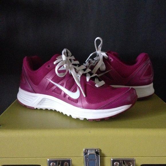 Nike y atletico Zapatillas tenis de EmergeTenis c0HqEU68wx ec2de73fa8493