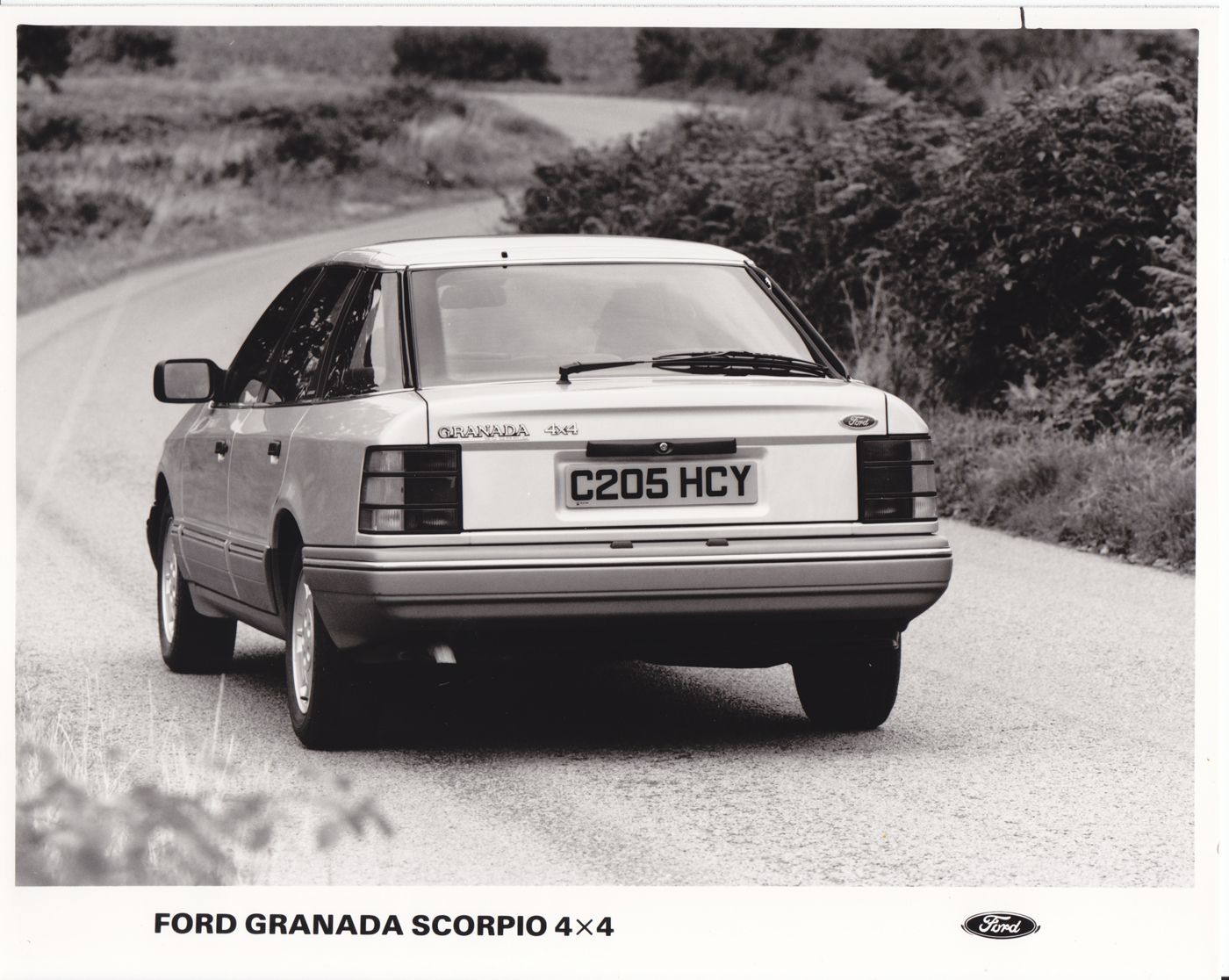 Old classic ford scorpio 4x4 1985