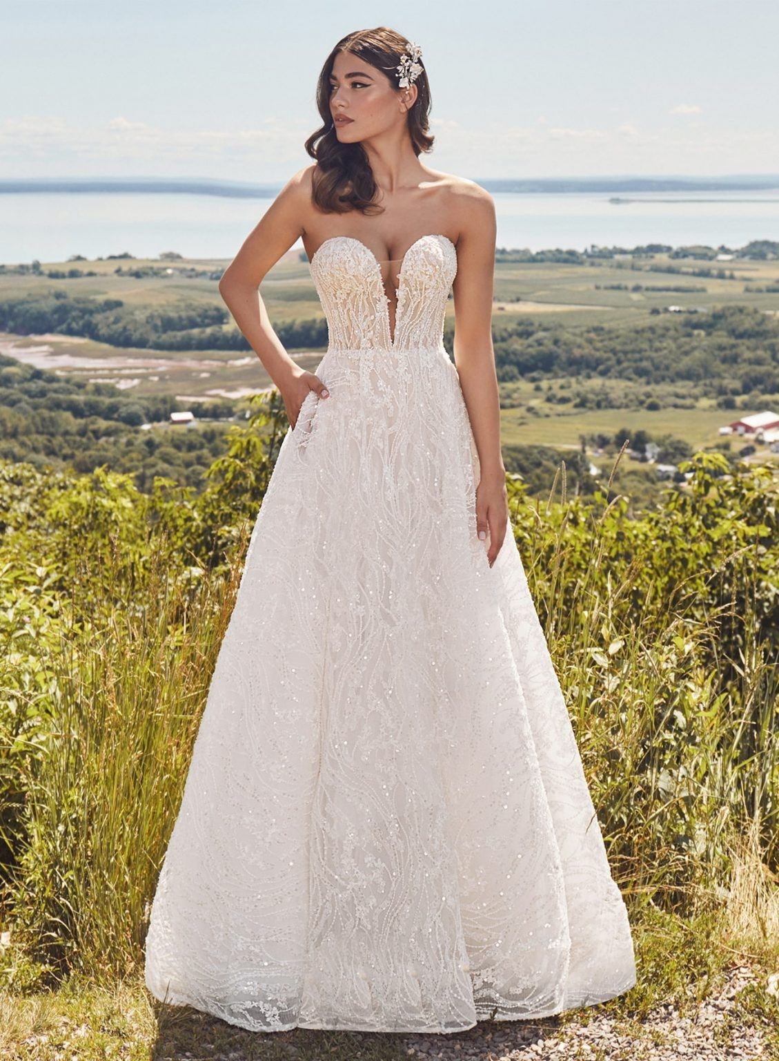 120129 1 In 2021 Womens Wedding Dresses Wedding Dresses Bridal Gallery [ 1536 x 1129 Pixel ]