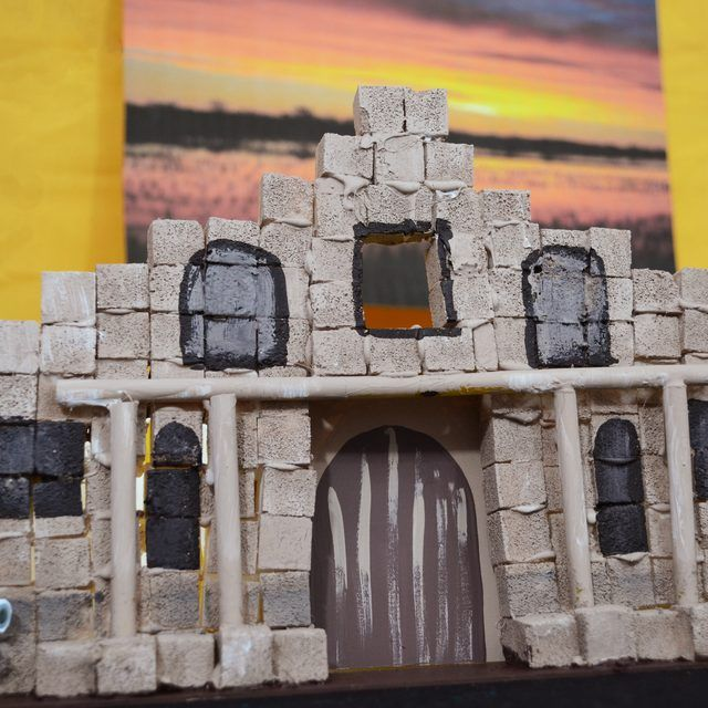 How To Build The Alamo For A School Project Ehow Alamo School Projects Mission Projects