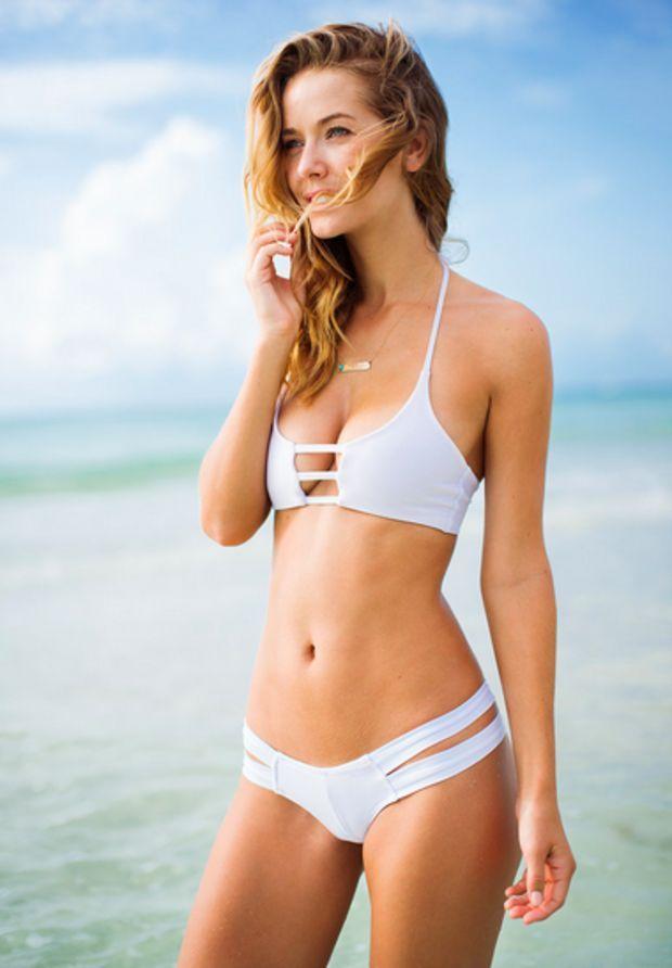 black-and-white-bikini-model-pics-busty-indian-girls-porn-pics