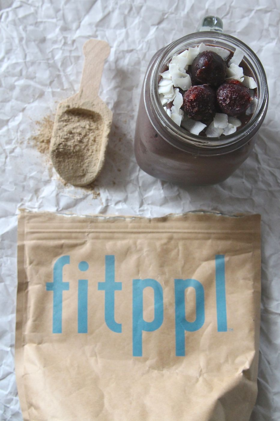 1 serving of cocoa blueberry fitppl protein 1 cup