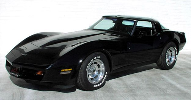 80 81 Vette Black Of Course Corvette Chevrolet Corvette Black Corvette