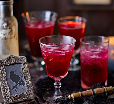 Blood beetroot cocktails Recipe Prosecco, Blood and Beetroot - halloween cocktail ideas