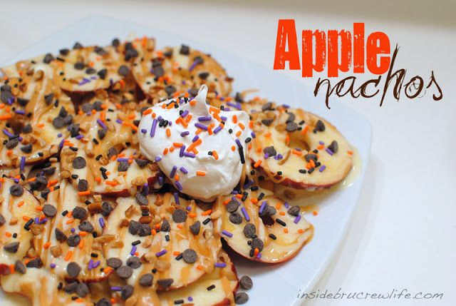 Apple Nachos - apple slices with peanut butter, marshmallow, and chocolate chips #apple @brucrewlife