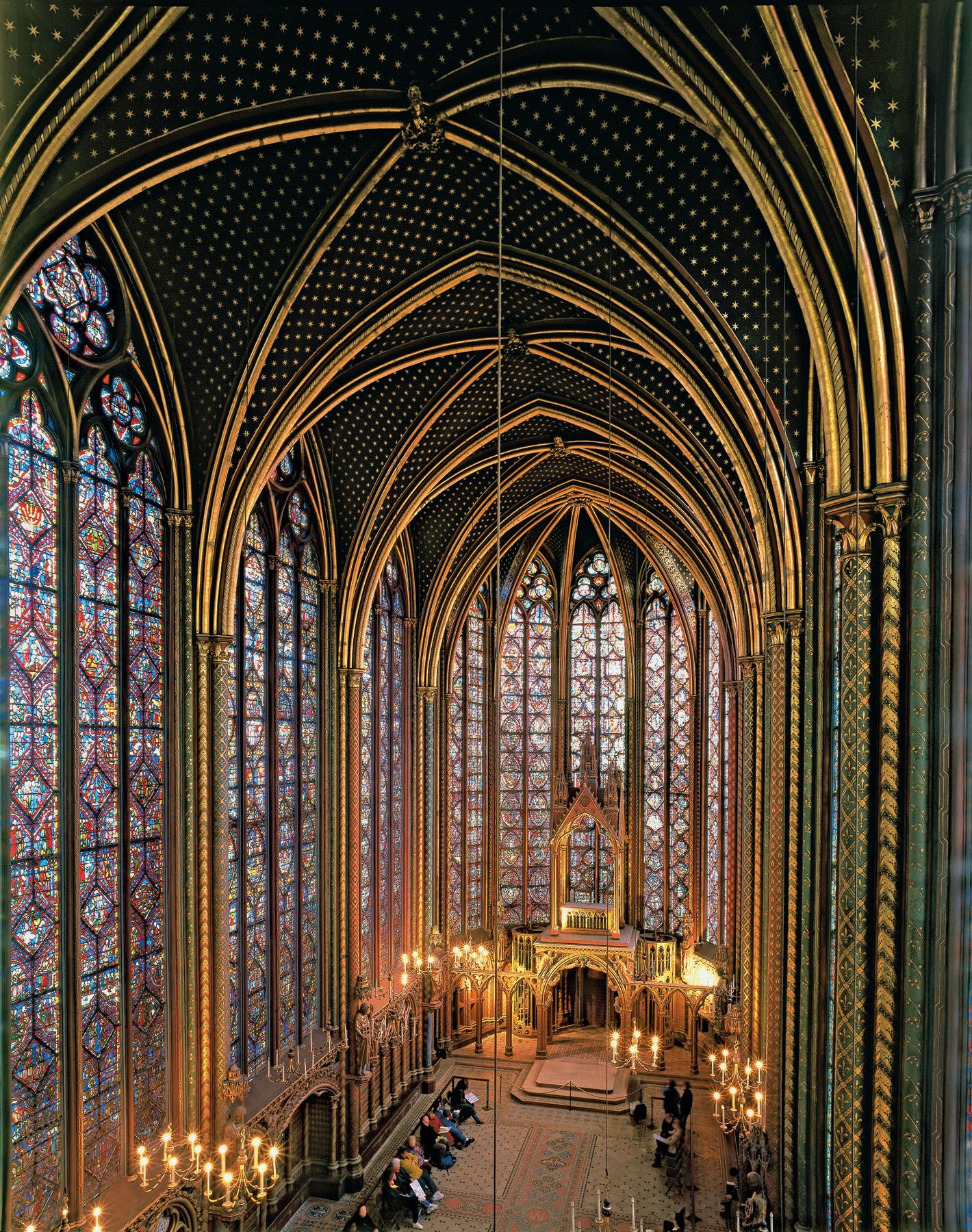 Sainte-Chapelle, Paris ... WOW!!!  The stained glass is gorgeous!!!!  <3
