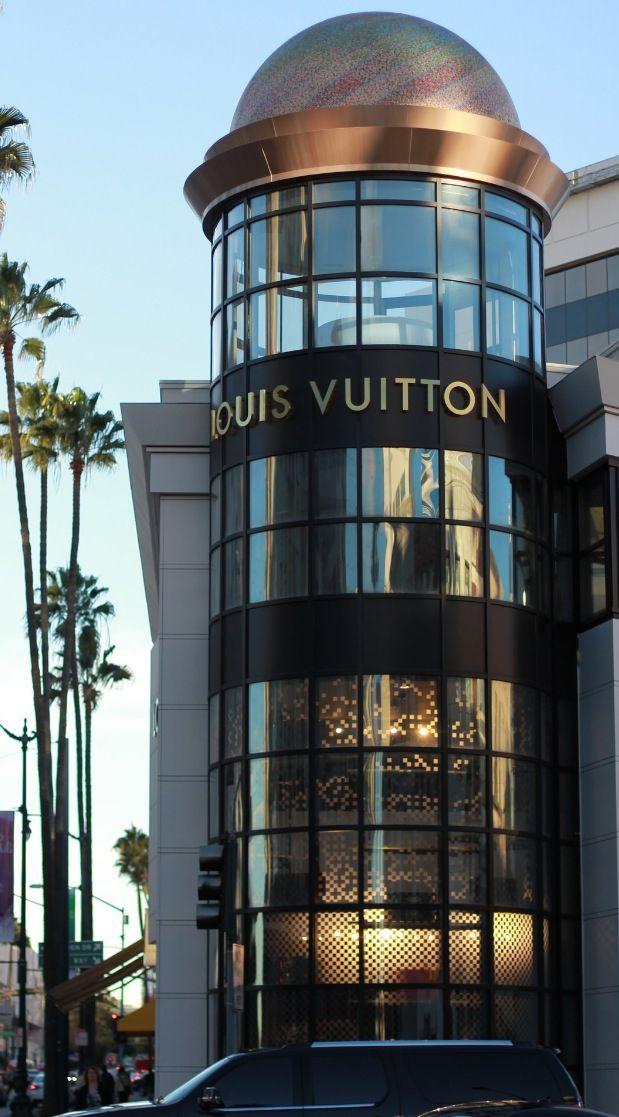 #Beverly Hills~Shopping Louis Vuitton@Luxurydotcom