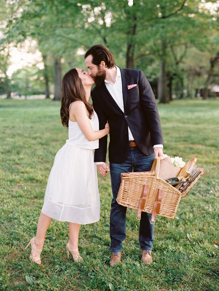 Picnic surprise proposal idea