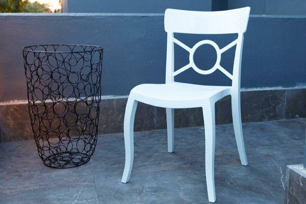gartenstuhl wei aus kunststoff in premium qualit t. Black Bedroom Furniture Sets. Home Design Ideas