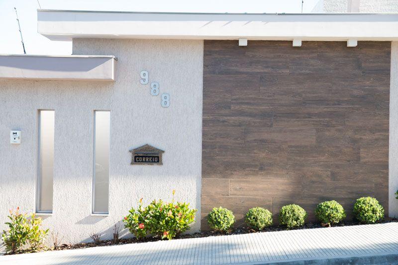 Casa do cliente granvilla acabamentos porcelanatos - Ceramica para fachadas casas ...