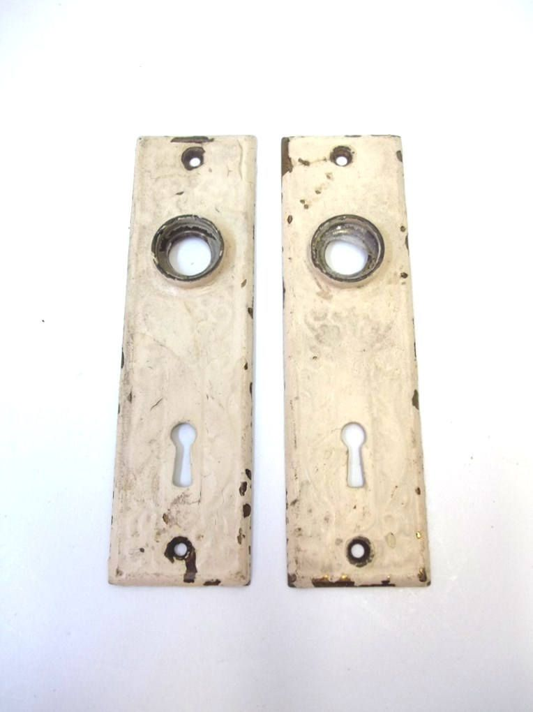 Antique Eastlake Door Plate Set St&ed Metal Back Plates Door Escutcheons Ornate Cream Shabby Chic Chippy Paint Door Knob Plates DD 1285  sc 1 st  Pinterest & Antique Eastlake Door Plate Set Stamped Metal Back Plates Door ... pezcame.com