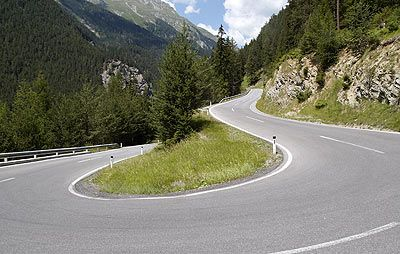 Pass from Martinsbruck to Norbertshöhe: 11 turns, 7%-8% ascent, 426 meters elevation gain: An easy one.