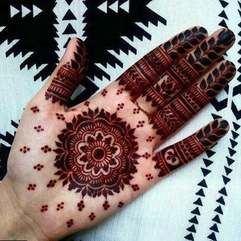 Mehendi Hot Tattoo Round Mehndi Design Mehndi Designs Henna Designs Easy