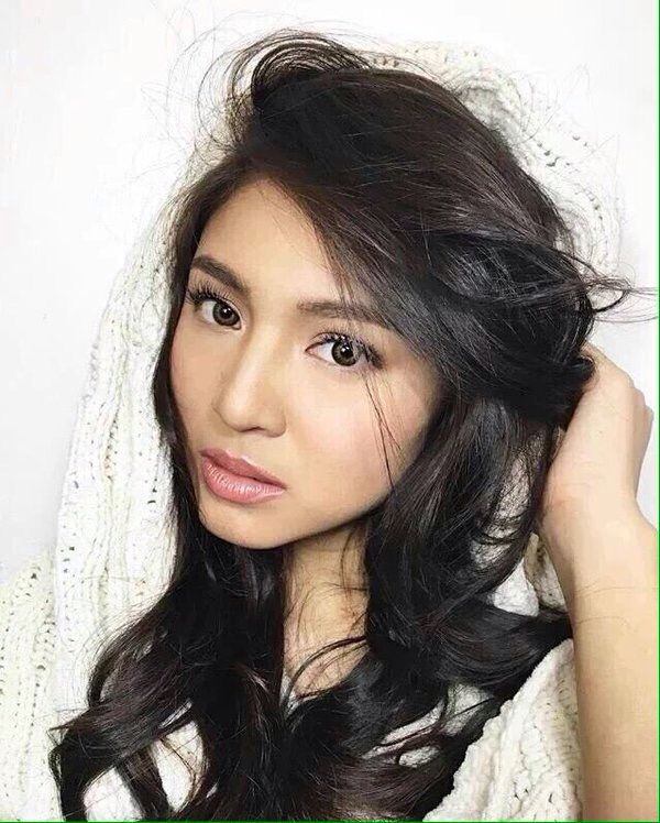 nadine lustre Birth name: nadine alexis paguia lustre place of birth: quezon city, philippines date of birth: october 31, 1993 ethnicity: filipino (aklanon, ilocano, pangasinan, tagalog) nadine lustre is a filipina actress, television host, and singer nadine is the daughter of ulysses.