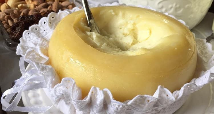 Portuguese Cheese, see the top 5 cheese you need to taste in