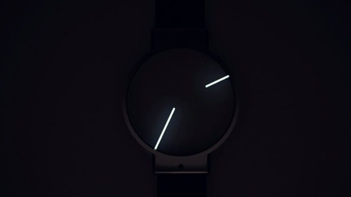 Glow in the Dark Minimalist Analog Watch. We just love ti! See more at jebiga.com #design #analogwatch #watches #wear #fashion