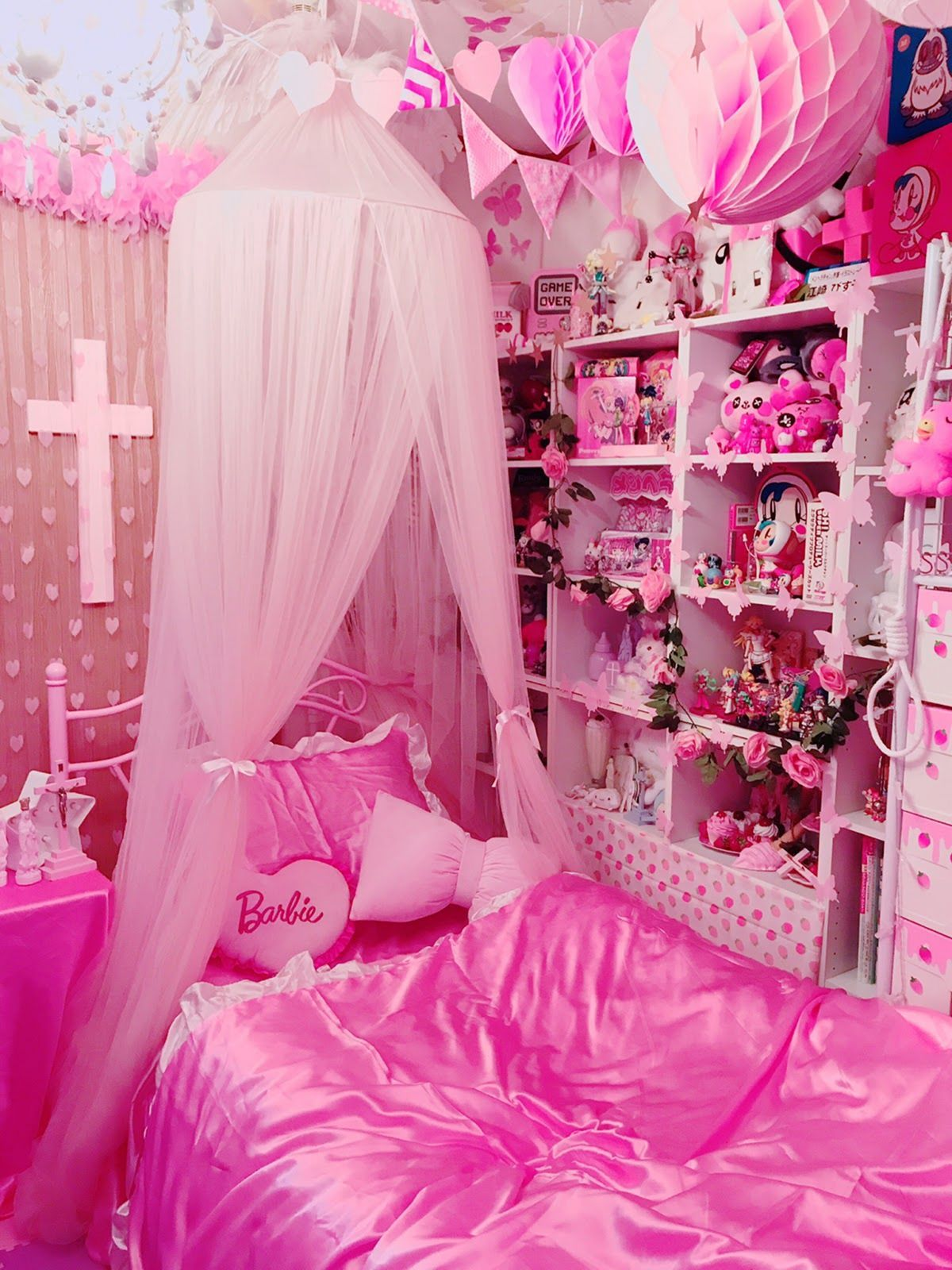 10 Aesthetic Pink Girl Bedroom Design And Decor Ideas Pink Bedroom For Girls Pink Bedroom Design Girl Bedroom Designs