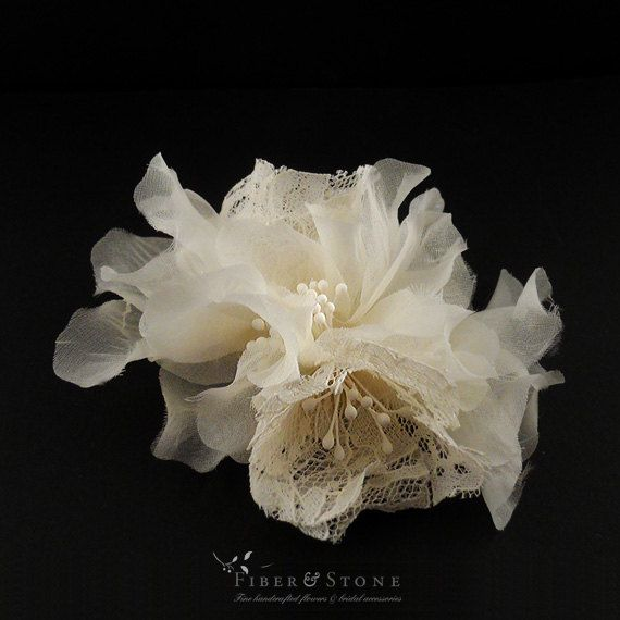 Lace & organza flowers