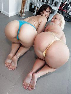 Nice big ass and feet porn