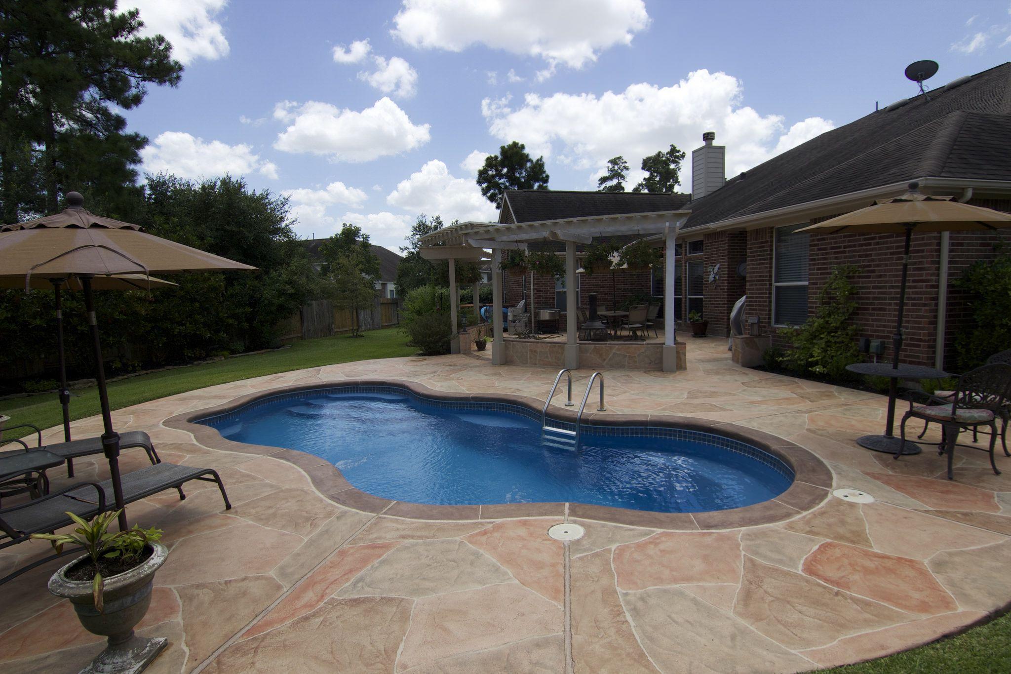 laguna deluxe fiberglass pools pool spa and backyard