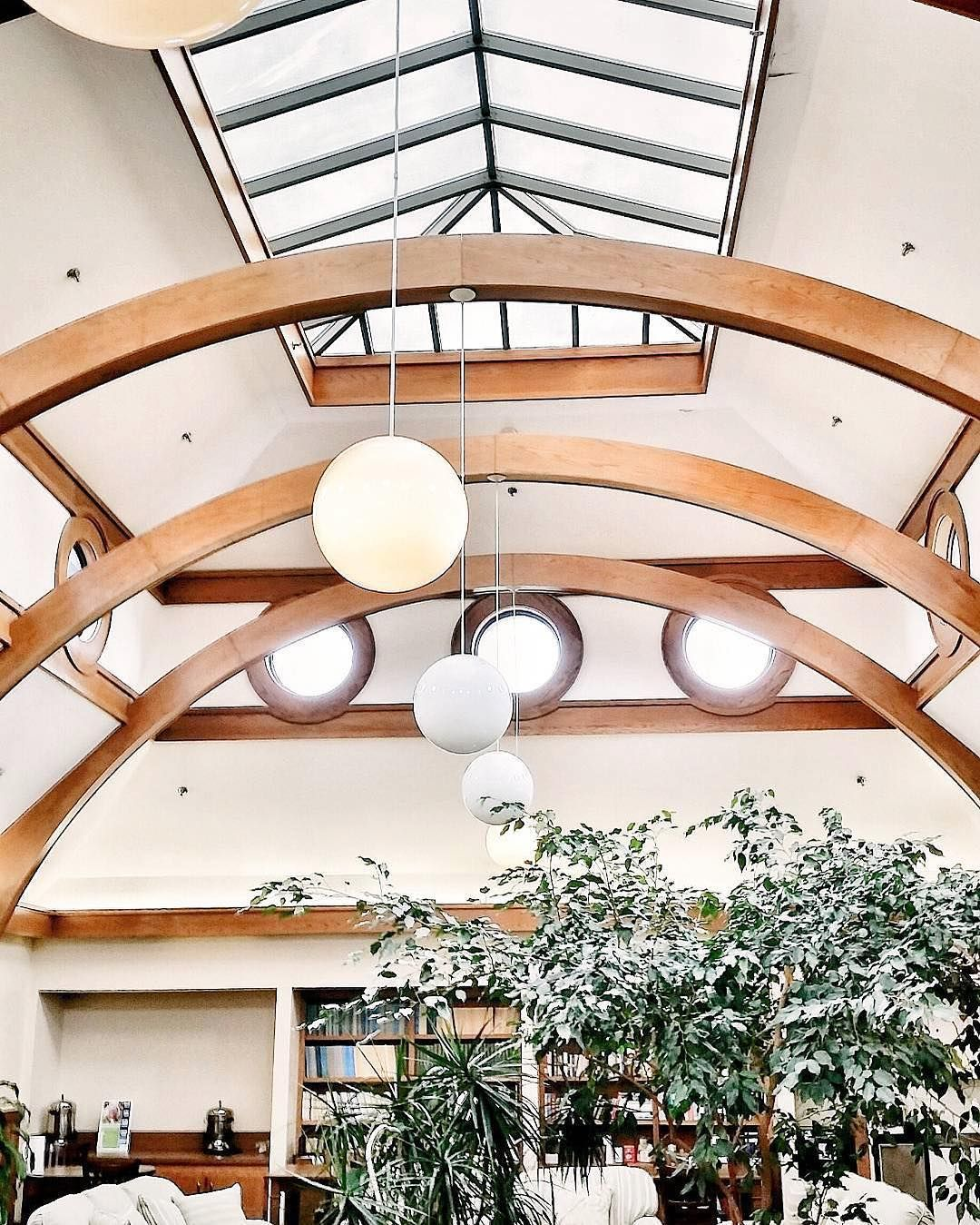 Inside Baylor University S Carroll Science Hall Baylor University Baylor Baylor Campus