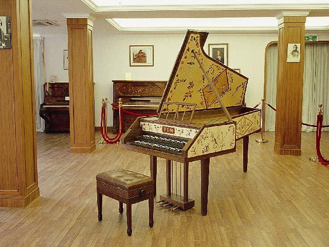 lovely piano,,   http://adjustablepianobench.net
