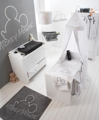 Vaak Mickey Mouse babykamer | Dream Disney House - Disney baby rooms MA29