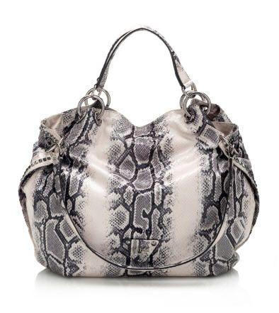5c4290a6a2 Sacs Guess, craquez sur le sac Dylan Python Degrade Bag Guess prix promo  GUESS 155.00 €