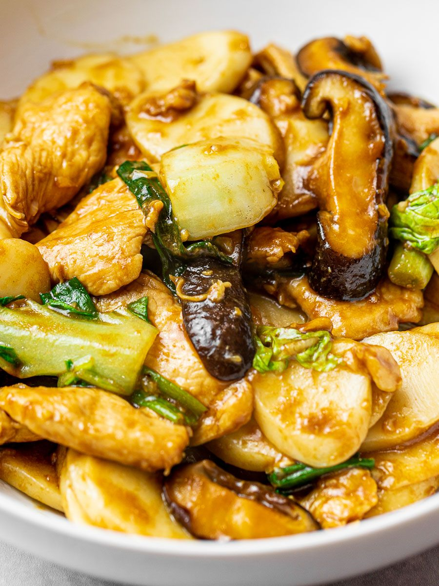 Stir Fried Shanghai Rice Cakes Chao Nian Gao Recipe Taiwanese Cuisine Vegetarian Oyster Sauce Asian Dishes