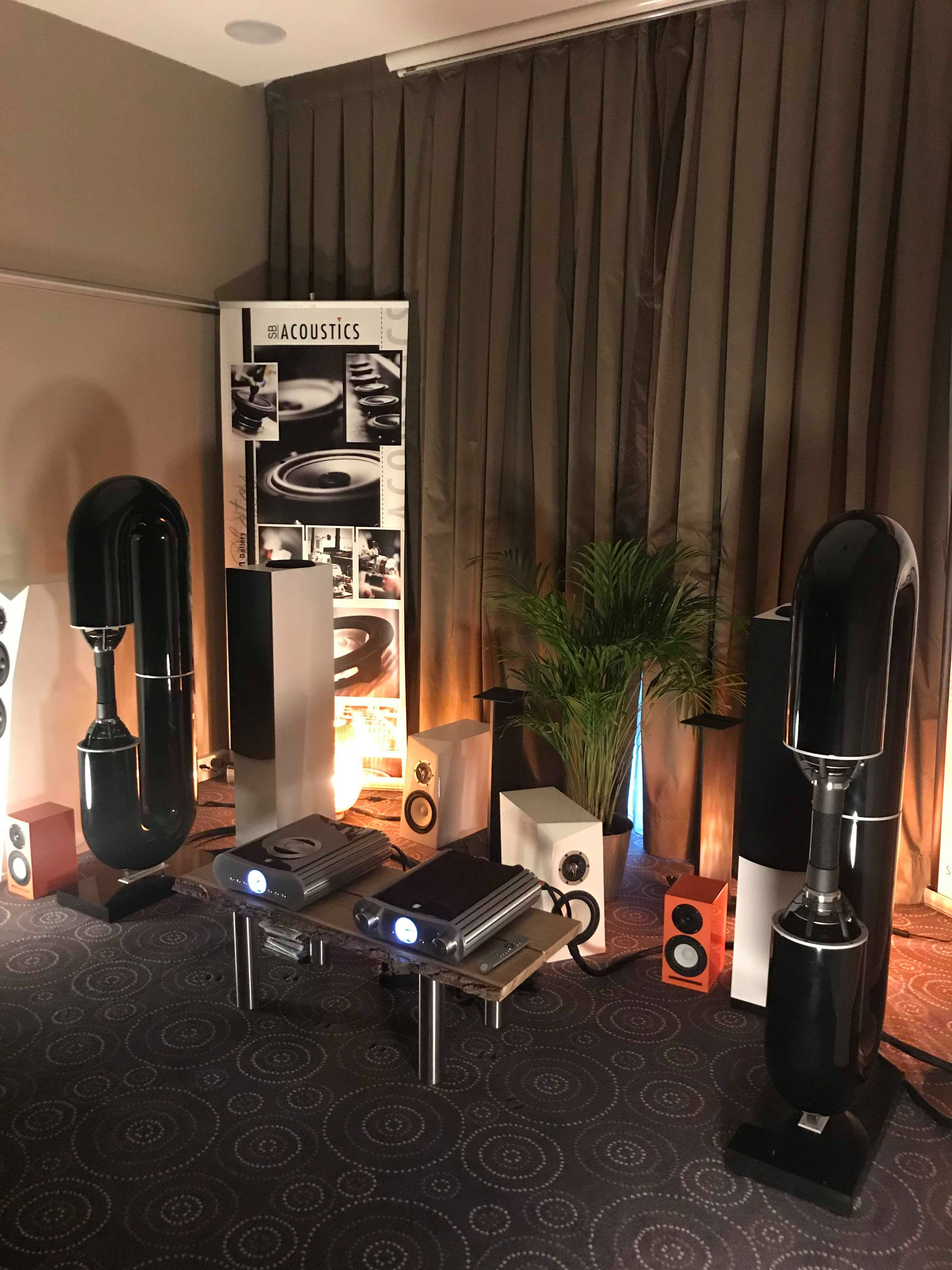 Https Hifishark Images S3 Eu West 1 Amazonaws Com Articles Cphhighend2019 9 Jpg In 2020 Home Decor Audiophile Systems Home Search by popular brands such as accuphase, hegel, krell, luxman, mark levinson and sonus faber. pinterest
