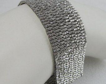 Trenzado metales Peyote Redux brazalete / pulsera por SandFibers