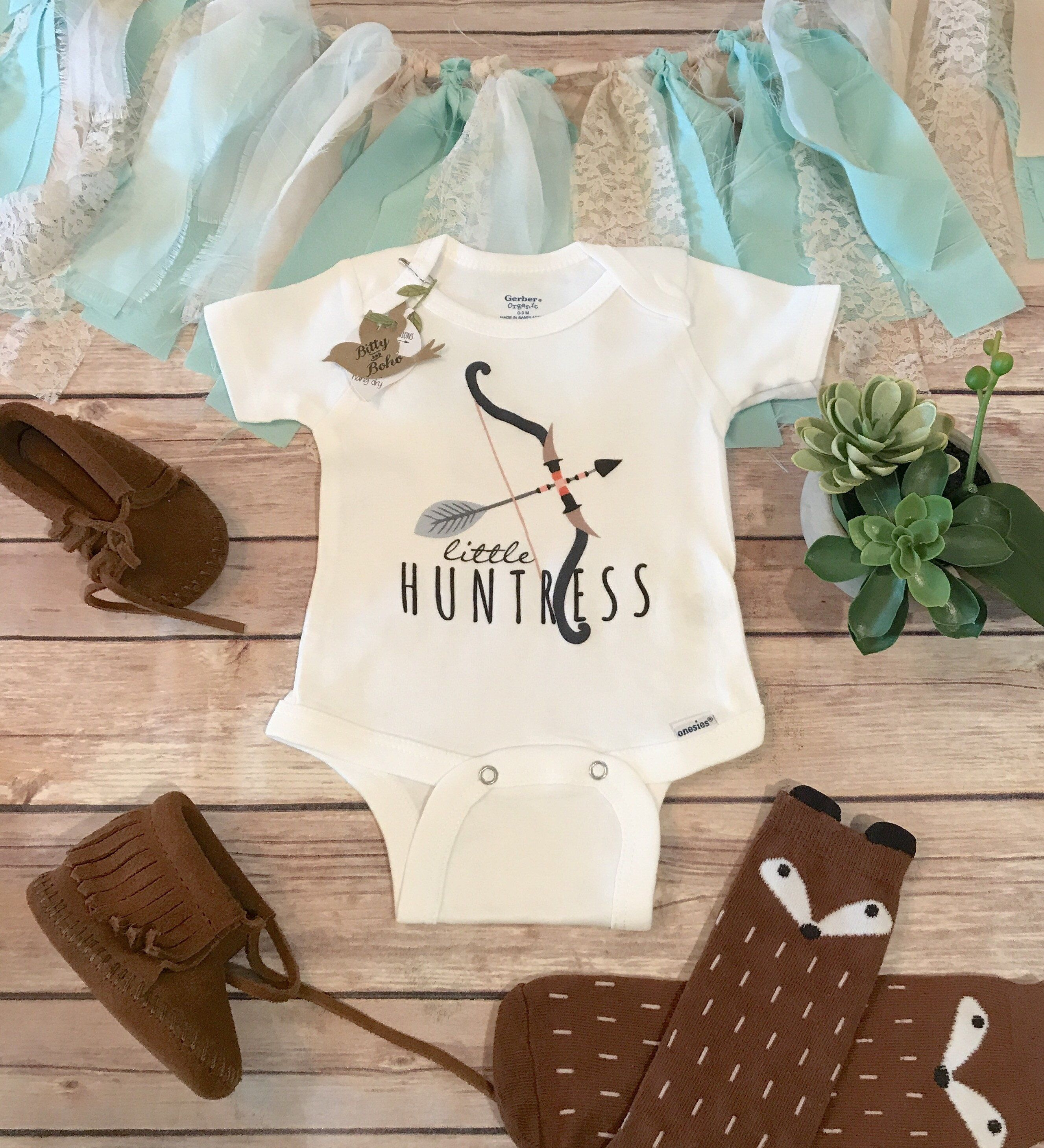 Little Huntress Baby esie Baby Girl Clothes Boho Baby Clothes
