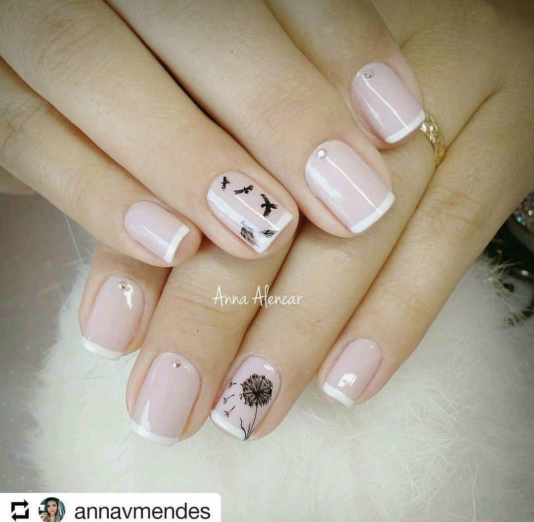 Manicura para uñas cortas sencillas