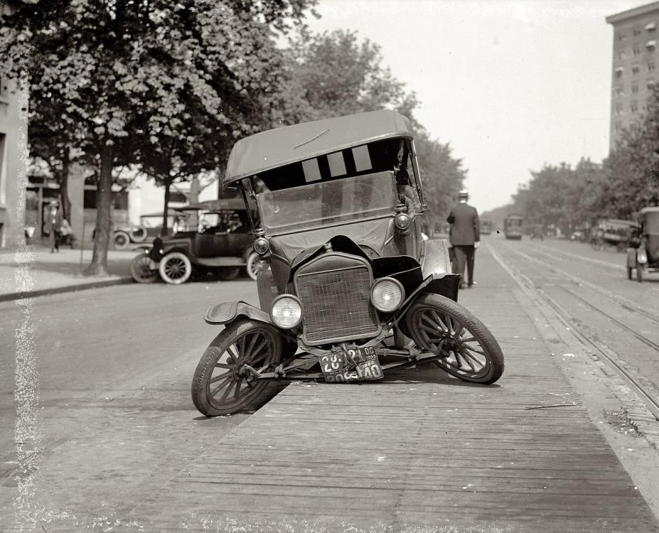 1922 Auto Accident Washington Dc From The Past Vintage Cars