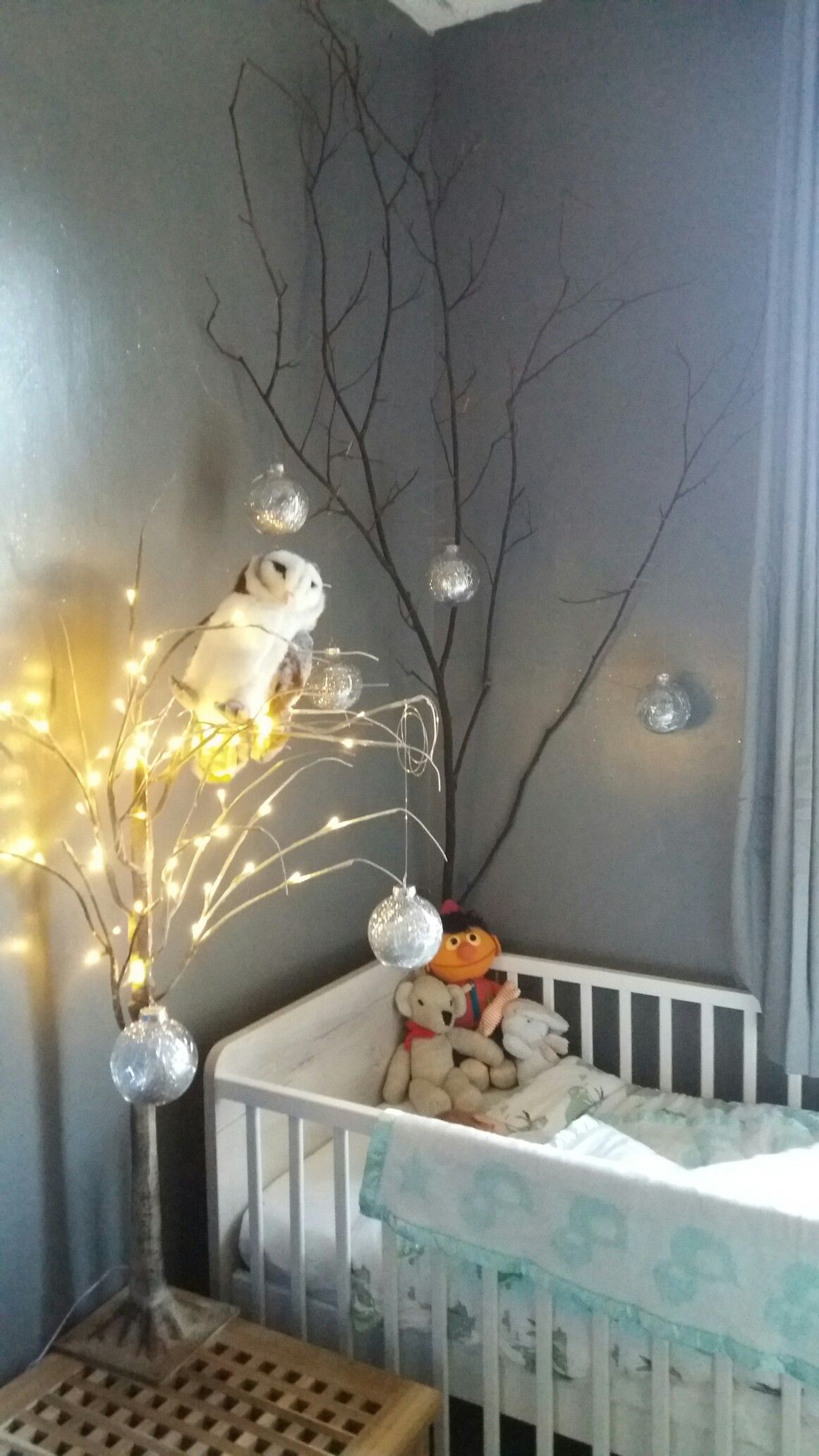 Labyrinth Theme Nursery With Crystal Balls Decorating The Tree