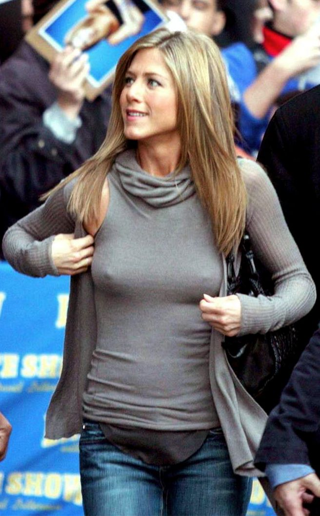 jennifer aniston no bra nipple photo | 22MOON.COM | jennifer anderson sexy | Pinterest ...