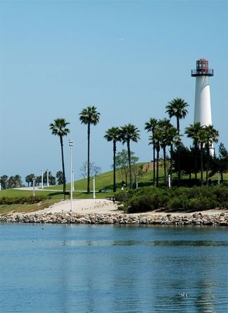 Lighthouse in the harbor of Long Beach, California | Long ...