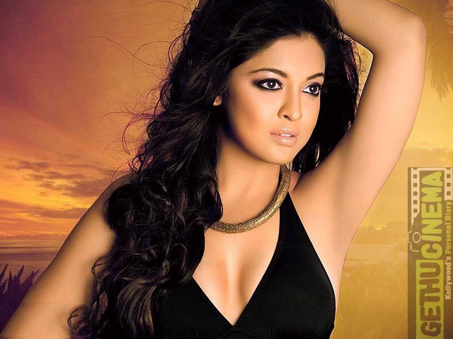 Actress Tanushree Dutta Gallery Actress Gallery Pinterest