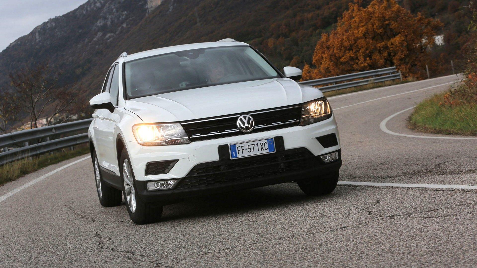 Prova Volkswagen Tiguan 1 6 Tdi Al Volante Della B Suv Tedesca Suv Auto