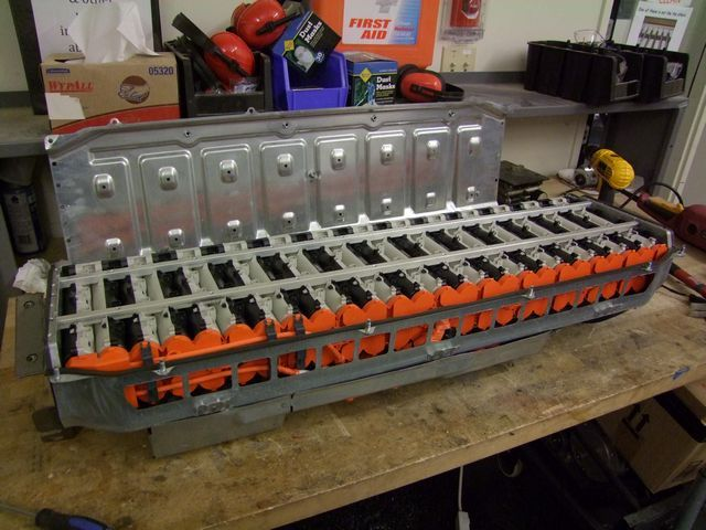 Dismantling A Ford Fusion Battery Pack Ford Fusion Ford Fusion