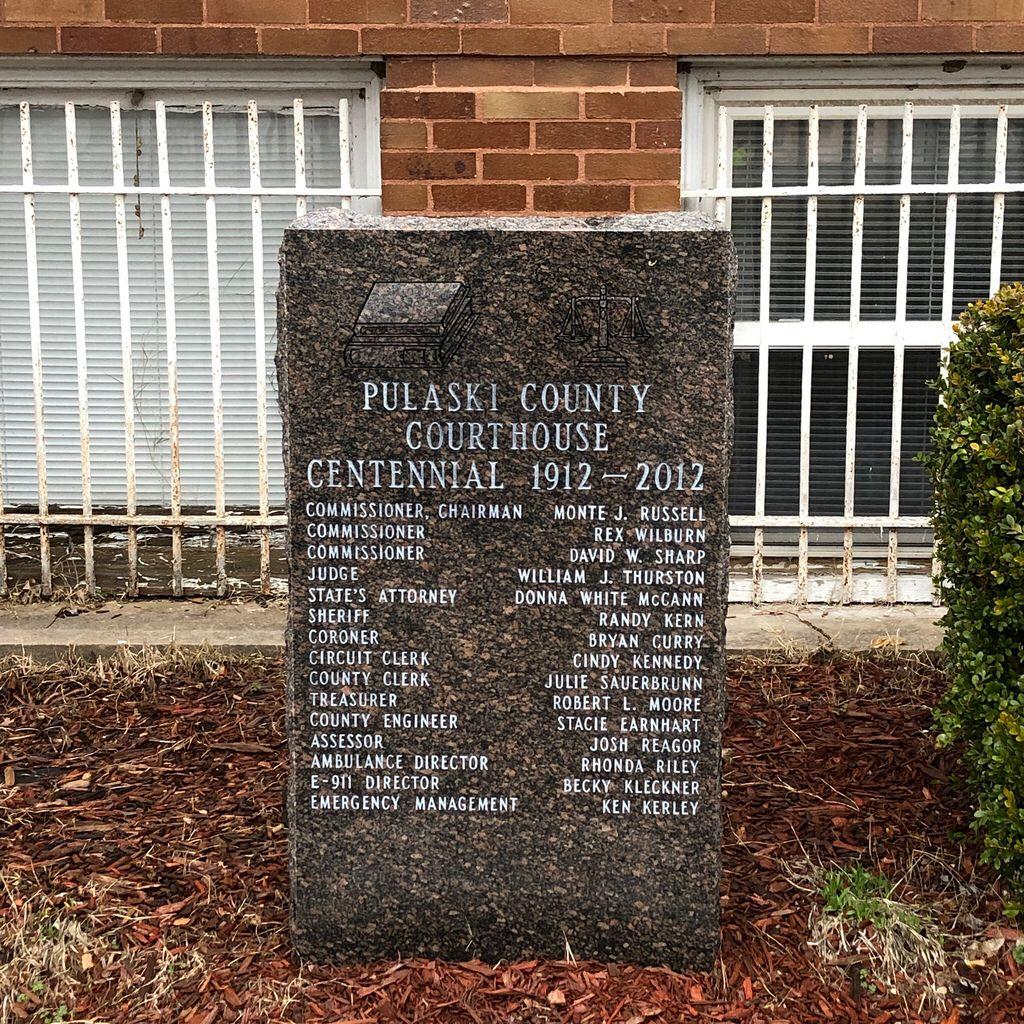 Pulaski County Courthouse Centennial Marker Mound City Illinois