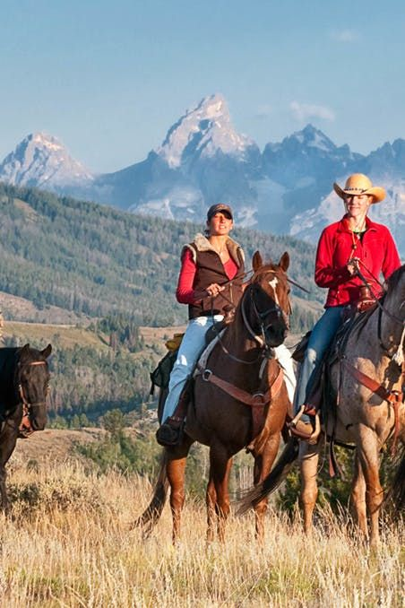 Dude ranch vacations for singles