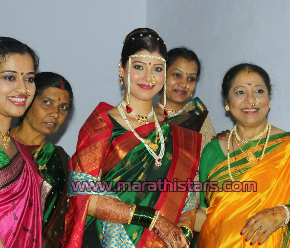 Tejswini Pandit Marathi Actress Weding Photos Jpg 960