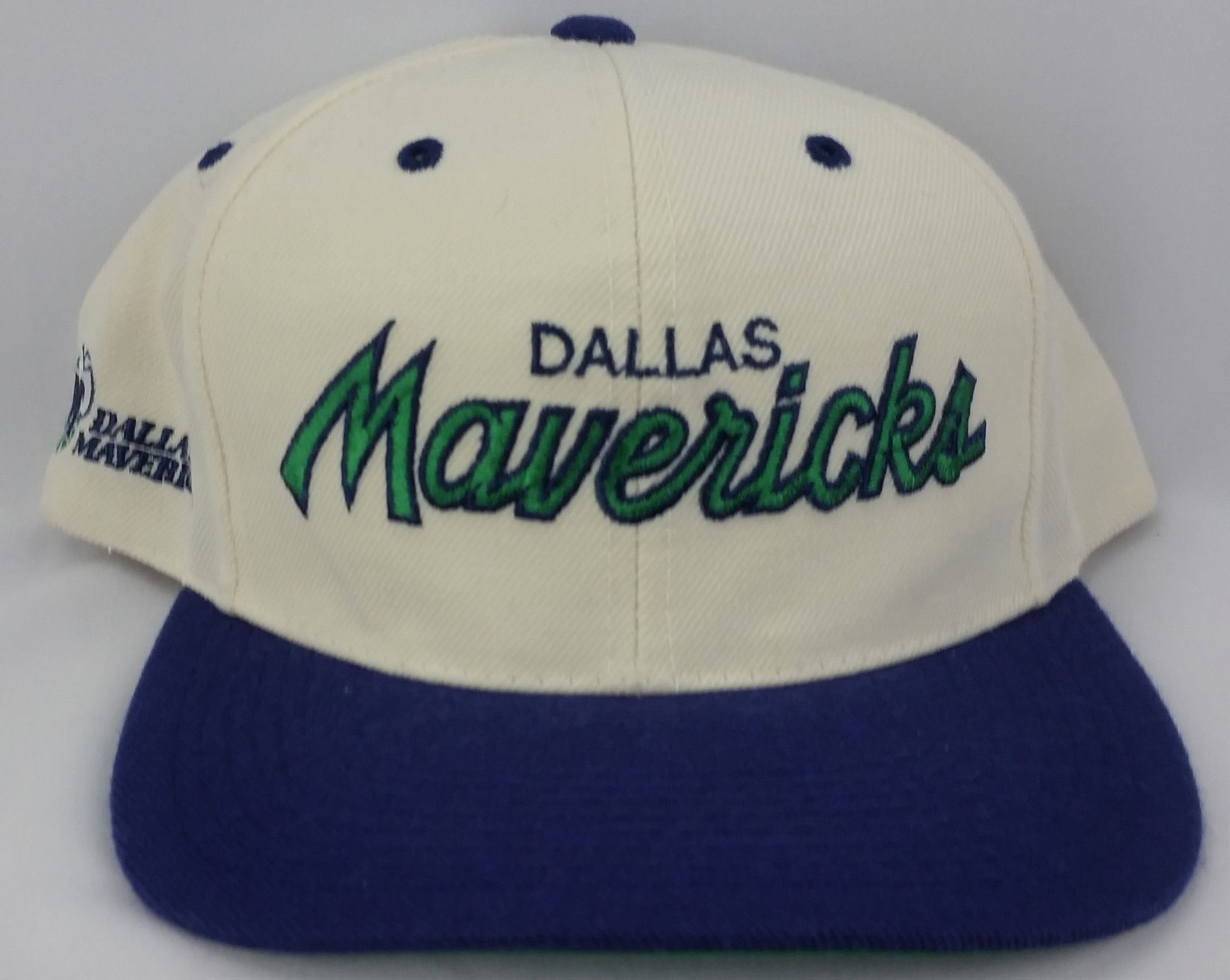 huge discount f1ebf 1a045 Dallas Mavericks Vintage Snapback Sports Specialties Script Hat NBA Wool  Rare Cap