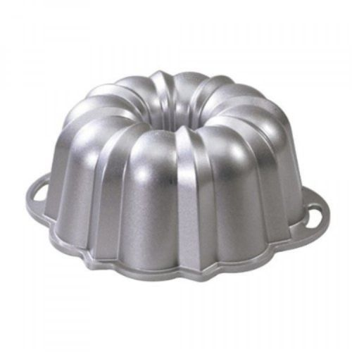 Bundt Pan 12 Cup Nordic Ware Platinum Collection Baking Mold New ** Be sure to check out this awesome product.(This is an Amazon affiliate link and I receive a commission for the sales)