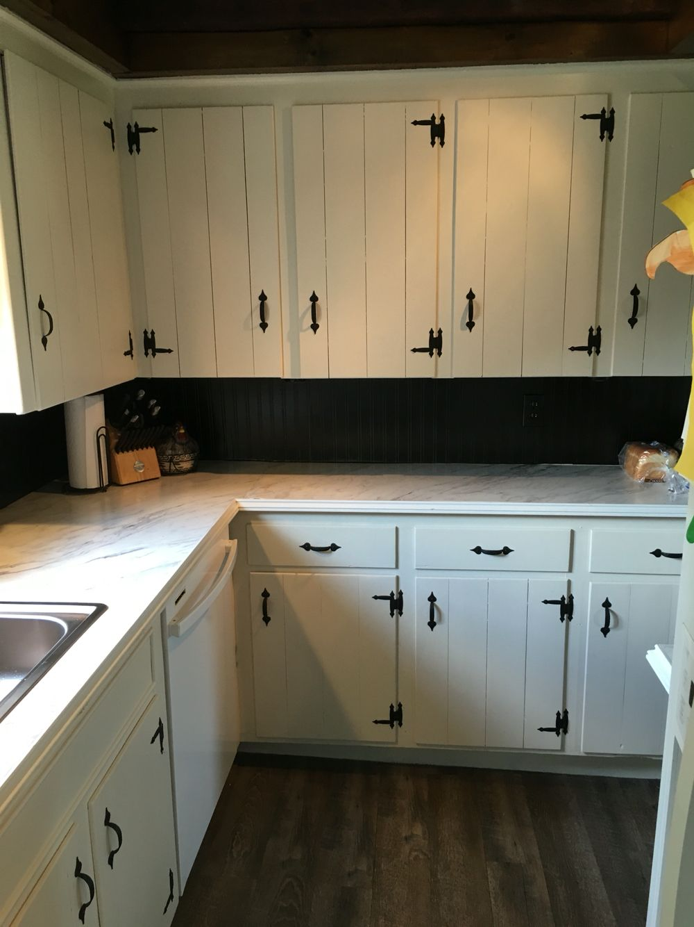 Completed Kitchen Oil Rubbed Bronze Bead Board Backsplash Calcutta Marble Laminate Coun Kitchen Cabinets Makeover Kitchen Renovation Vintage Kitchen Cabinets