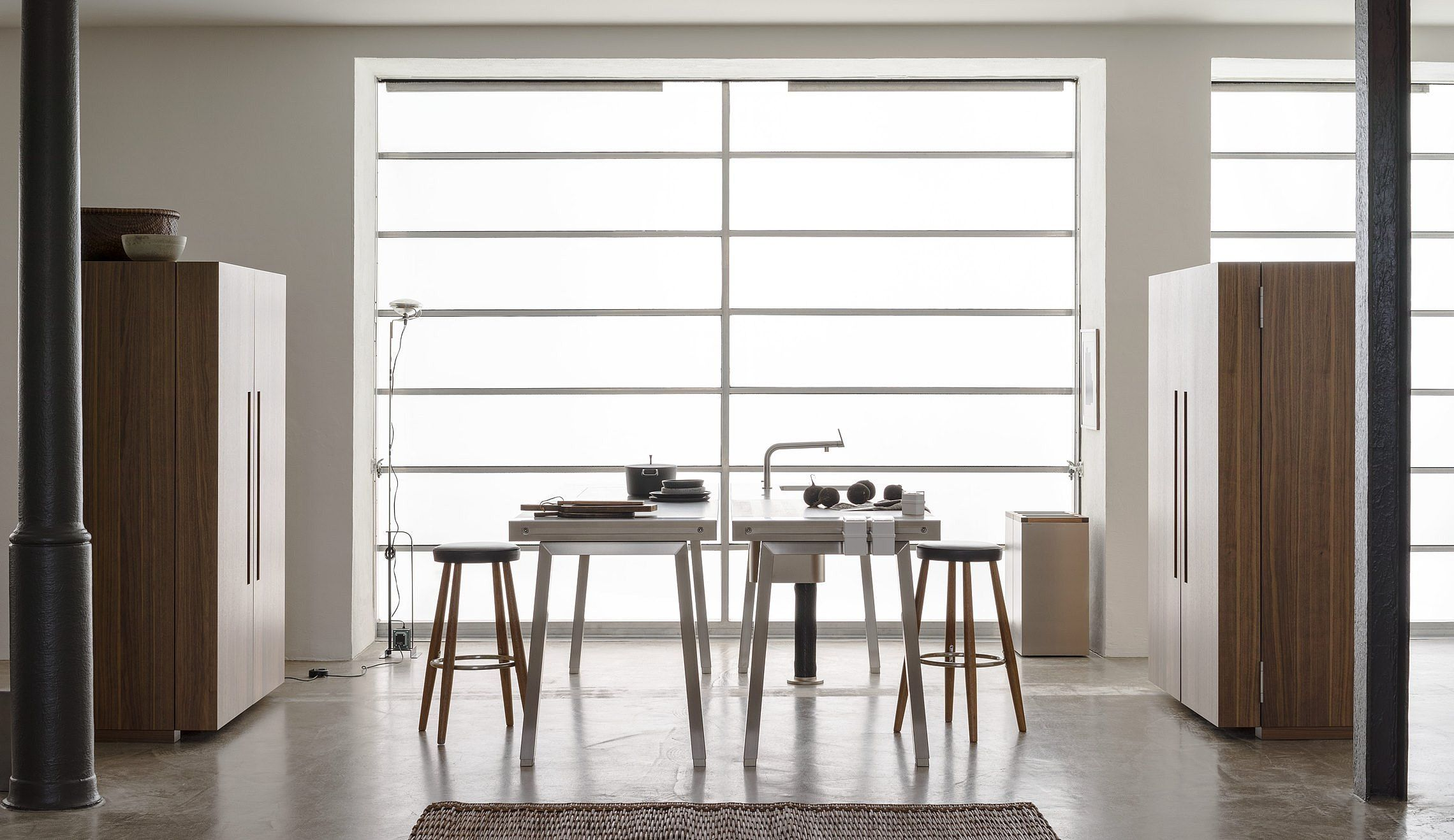 Individually Arranged B2 Elements In The Room Such As Two Workbenches In Connection With Tool Cabinet Kitchen Interior Design Modern Kitchen Workshop Interior